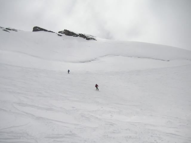 Foto: Wolfgang Lauschensky / Skitour / Zufallspitze – Monte Cevedale : Überschreitung / unter der Randspalte der Cevedale-Nordwand / 29.01.2010 18:03:27