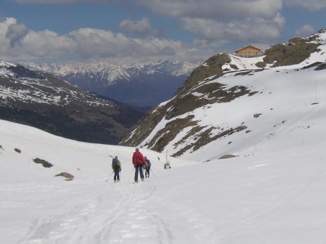 Foto: Wolfgang Lauschensky / Skitour / Zufallspitze – Monte Cevedale : Überschreitung / Martellerhütte / 29.01.2010 18:02:21