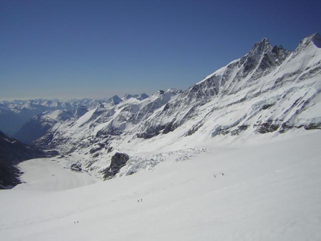 Foto: Wolfgang Lauschensky / Skitour / Johannisberg (3453m) und Hohe Riffl (3338m) / Pasterzenzunge, Großglockner / 28.03.2010 17:28:27