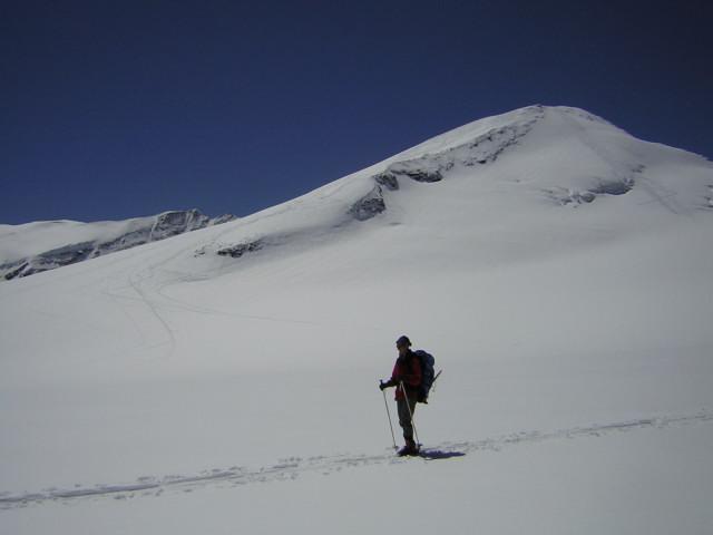 Foto: Wolfgang Lauschensky / Skitour / Johannisberg (3453m) und Hohe Riffl (3338m) / Johannisberg-Nordflanke  / 28.03.2010 17:26:33