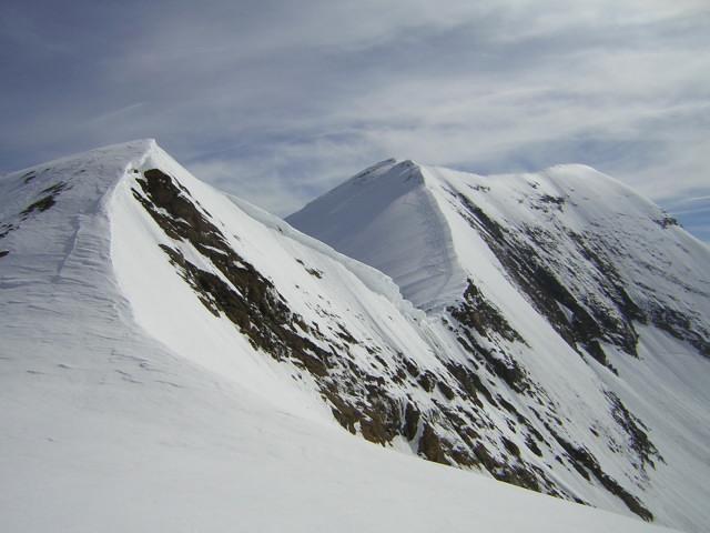 Foto: Wolfgang Lauschensky / Skitour / Mittlerer und Großer Bärenkopf (3358m+3396m) / Westgrat, Westgipfel und Hauptgipfel des Gr. Bärenkopfs / 07.05.2010 15:52:07