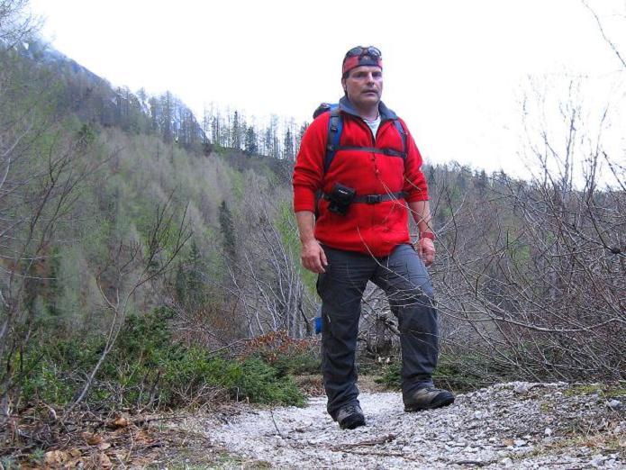 Foto: Andreas Koller / Klettersteigtour / ÖTK-Klettersteig Koschutnikturm neu und alt (2136 m) / 16.05.2010 00:39:59