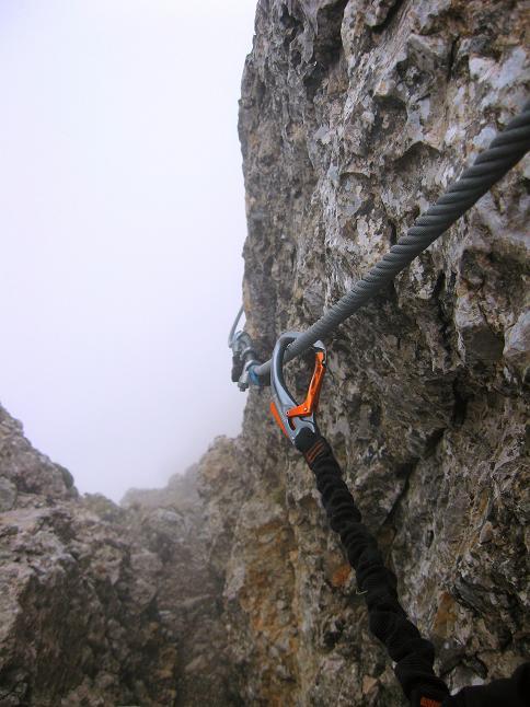 Foto: Andreas Koller / Klettersteigtour / ÖTK-Klettersteig Koschutnikturm neu und alt (2136 m) / 16.05.2010 00:35:54