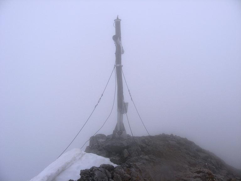 Foto: Andreas Koller / Klettersteigtour / ÖTK-Klettersteig Koschutnikturm neu und alt (2136 m) / 16.05.2010 00:34:48