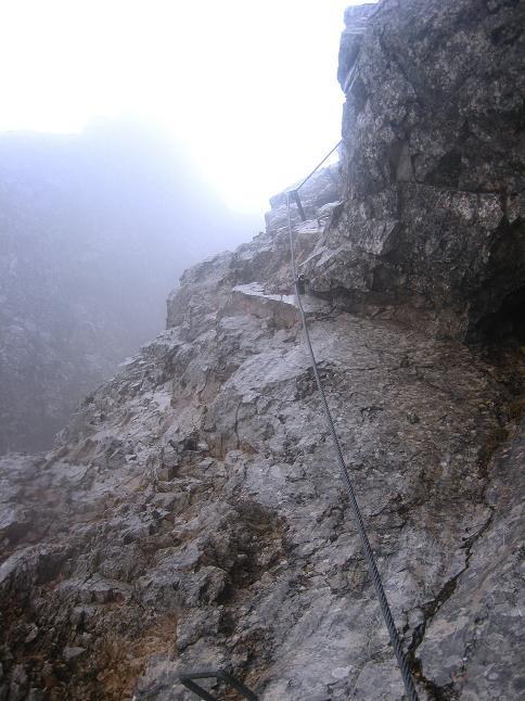 Foto: Andreas Koller / Klettersteigtour / ÖTK-Klettersteig Koschutnikturm neu und alt (2136 m) / 16.05.2010 00:34:10