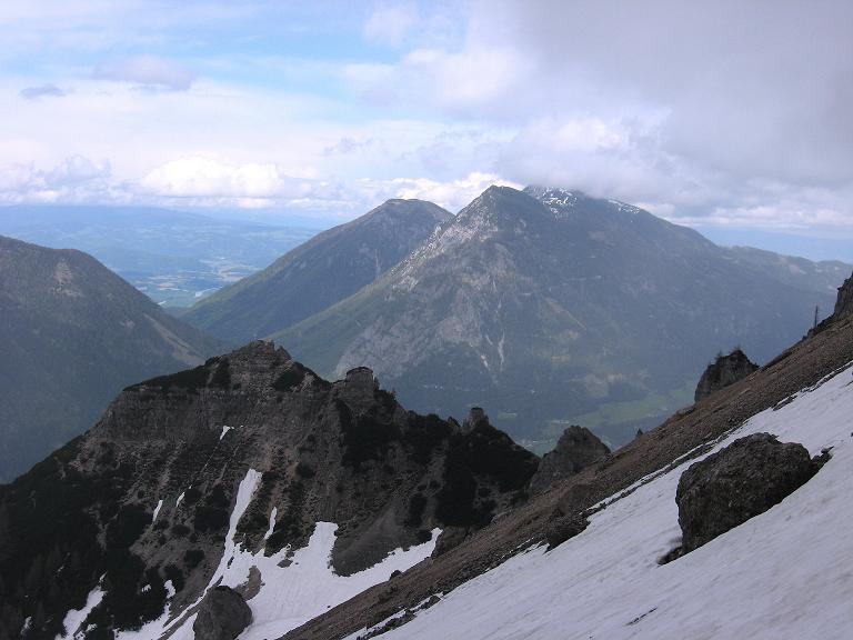 Foto: Andreas Koller / Klettersteigtour / ÖTK-Klettersteig Koschutnikturm neu und alt (2136 m) / 16.05.2010 00:33:09