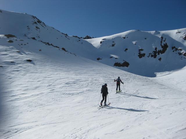 Foto: Wolfgang Lauschensky / Skitour / Östliche Veneziaspitze (3356m) - oder III. Veneziaspitze / Ausstieg aus dem Steilhang und letzter Steilaufschwung zum Schranferner / 27.05.2010 15:55:57