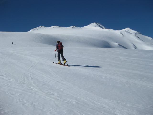 Foto: Wolfgang Lauschensky / Skitour / Östliche Veneziaspitze (3356m) - oder III. Veneziaspitze / milder und langer Schranferneranstieg / 27.05.2010 15:54:55