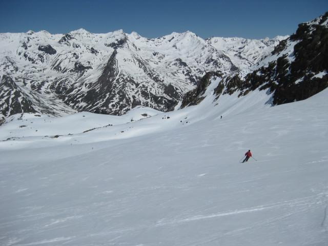 Foto: Wolfgang Lauschensky / Skitour / Östliche Veneziaspitze (3356m) - oder III. Veneziaspitze / milde hindernisfreie Schranfernerabfahrt / 27.05.2010 15:53:10