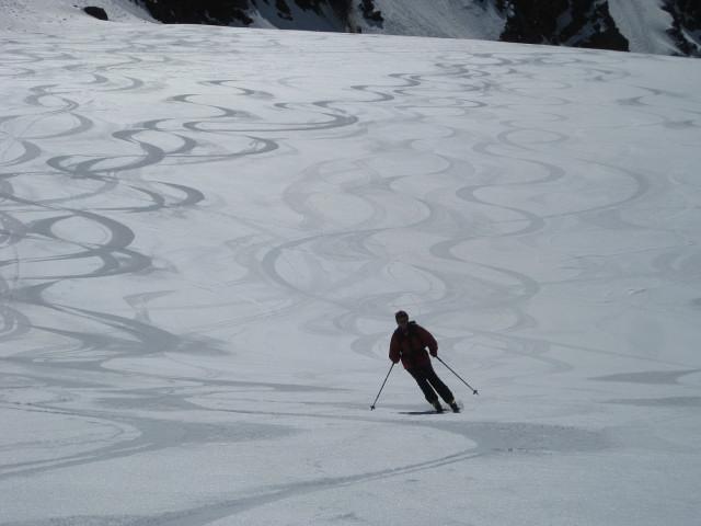 Foto: Wolfgang Lauschensky / Skitour / Östliche Veneziaspitze (3356m) - oder III. Veneziaspitze / Firnfreuden am Gletscher / 27.05.2010 15:52:57