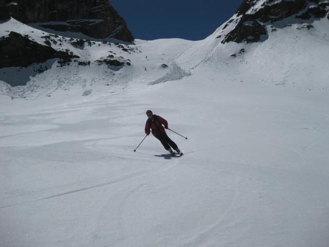 Foto: Wolfgang Lauschensky / Skitour / Östliche Veneziaspitze (3356m) - oder III. Veneziaspitze / Butterfirn nach der Steilstufe / 27.05.2010 15:52:46