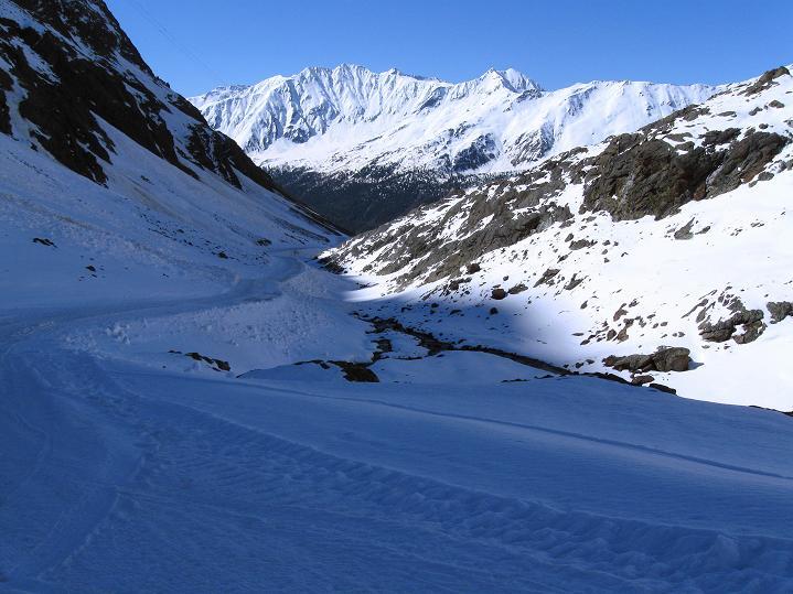 Foto: Andreas Koller / Skitour / Aus dem Schnalstal aufs Teufelsegg (3225 m) / 30.05.2010 01:27:22