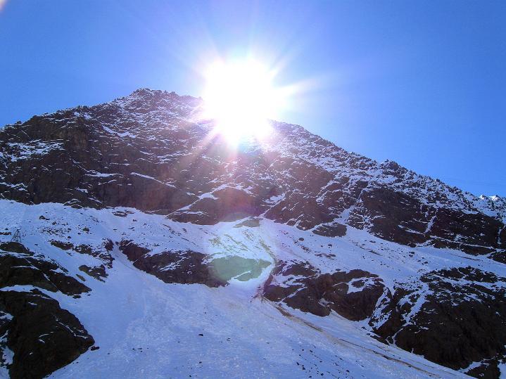 Foto: Andreas Koller / Skitour / Aus dem Schnalstal aufs Teufelsegg (3225 m) / Graue Wand (3202 m) / 30.05.2010 01:27:15