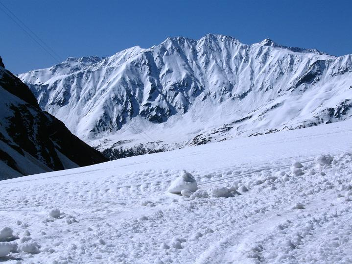 Foto: Andreas Koller / Skitour / Aus dem Schnalstal aufs Teufelsegg (3225 m) / 30.05.2010 01:27:01