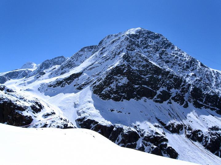 Foto: Andreas Koller / Skitour / Aus dem Schnalstal aufs Teufelsegg (3225 m) / 30.05.2010 01:25:56