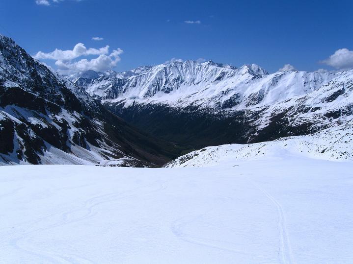 Foto: Andreas Koller / Skitour / Aus dem Schnalstal aufs Teufelsegg (3225 m) / 30.05.2010 01:25:43