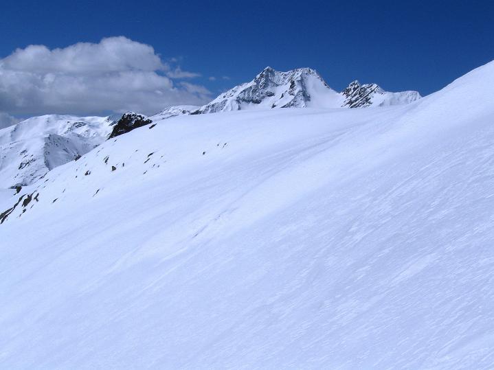 Foto: Andreas Koller / Skitour / Aus dem Schnalstal aufs Teufelsegg (3225 m) / 30.05.2010 01:24:28