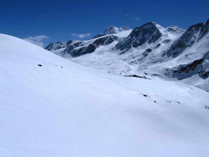 Foto: Andreas Koller / Skitour / Aus dem Schnalstal aufs Teufelsegg (3225 m) / 30.05.2010 01:24:21