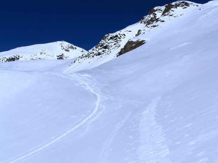 Foto: Andreas Koller / Skitour / Aus dem Schnalstal aufs Teufelsegg (3225 m) / 30.05.2010 01:19:26