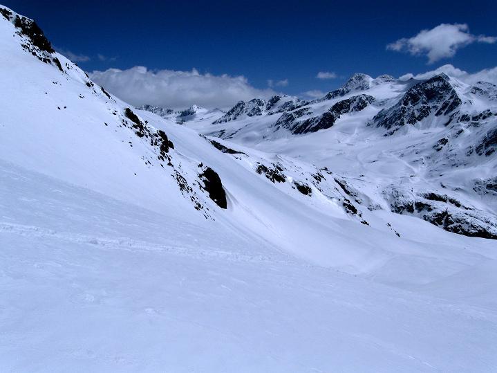 Foto: Andreas Koller / Skitour / Aus dem Schnalstal aufs Teufelsegg (3225 m) / 30.05.2010 01:18:46