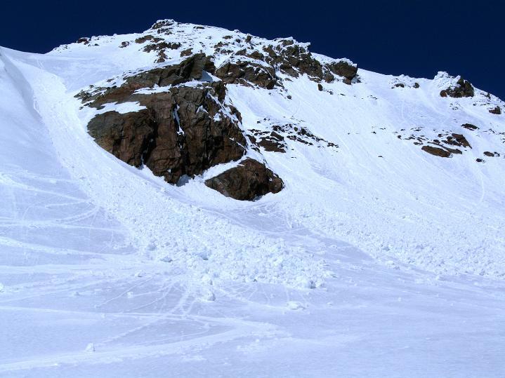 Foto: Andreas Koller / Skitour / Aus dem Schnalstal aufs Teufelsegg (3225 m) / Teufelsegg / 30.05.2010 01:16:52