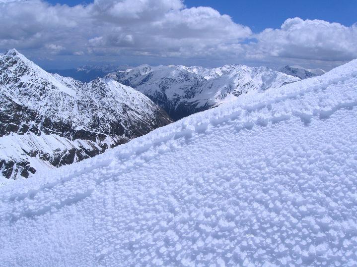 Foto: Andreas Koller / Skitour / Aus dem Schnalstal aufs Teufelsegg (3225 m) / 30.05.2010 01:13:01