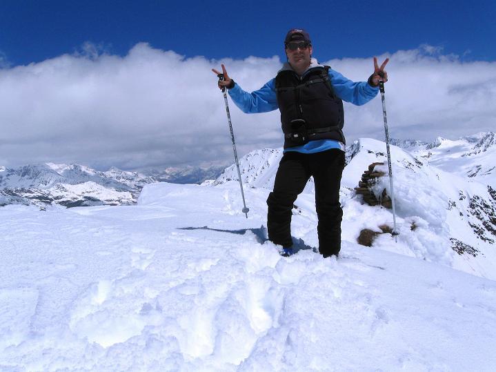 Foto: Andreas Koller / Skitour / Aus dem Schnalstal aufs Teufelsegg (3225 m) / 30.05.2010 01:11:46
