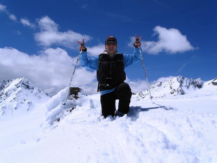 Foto: Andreas Koller / Skitour / Aus dem Schnalstal aufs Teufelsegg (3225 m) / 30.05.2010 01:10:33