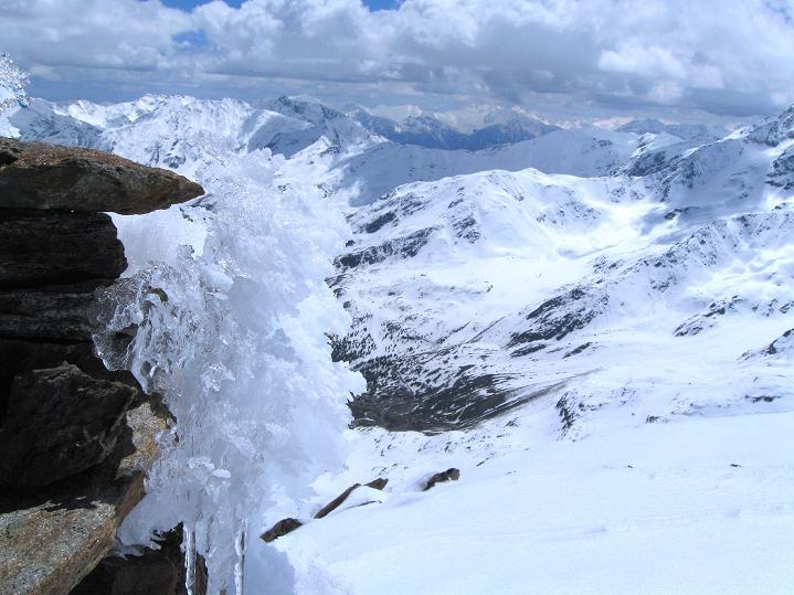 Foto: Andreas Koller / Skitour / Aus dem Schnalstal aufs Teufelsegg (3225 m) / 30.05.2010 01:10:24