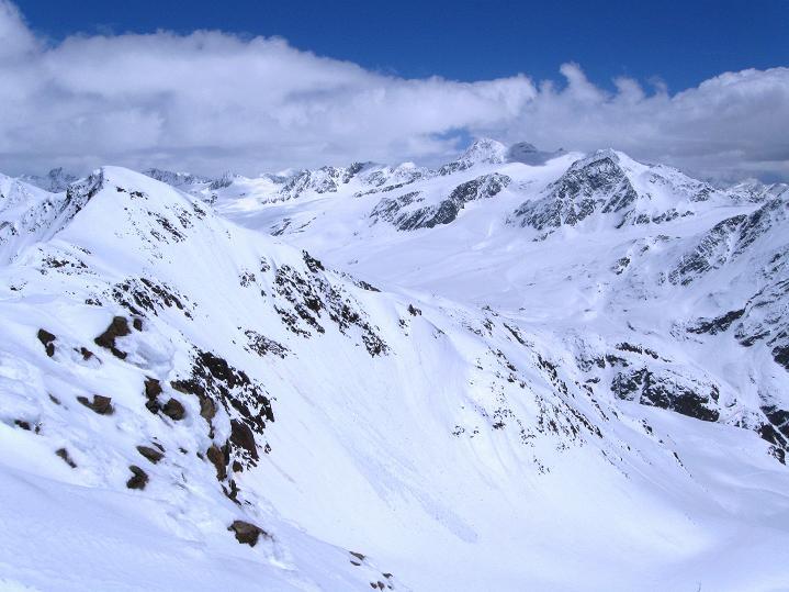 Foto: Andreas Koller / Skitour / Aus dem Schnalstal aufs Teufelsegg (3225 m) / 30.05.2010 01:10:16