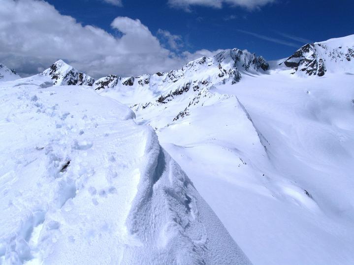 Foto: Andreas Koller / Skitour / Aus dem Schnalstal aufs Teufelsegg (3225 m) / 30.05.2010 01:09:42