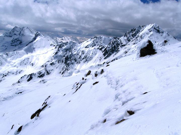 Foto: Andreas Koller / Skitour / Aus dem Schnalstal aufs Teufelsegg (3225 m) / 30.05.2010 01:09:34