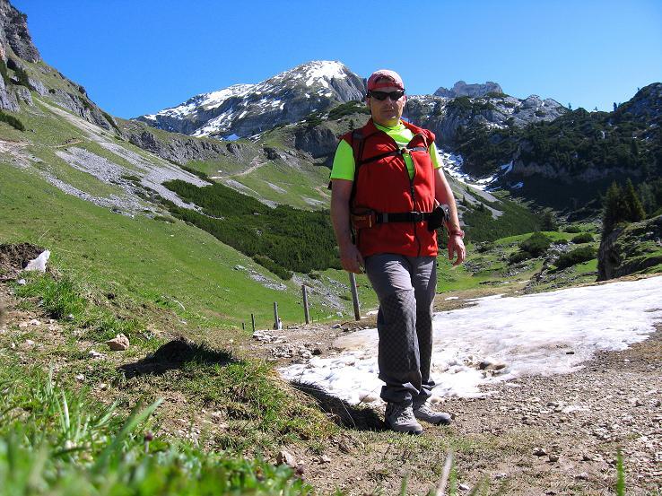 Foto: Andreas Koller / Klettersteigtour / Rosskopf Klettersteig und Rofanspitze (2259 m) / Schöner Zustieg durch Rofangebirge / 09.06.2010 02:36:48