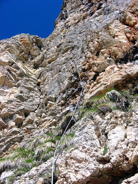 Foto: Andreas Koller / Klettersteigtour / Rosskopf Klettersteig und Rofanspitze (2259 m) / Der steile Einstieg / 09.06.2010 02:29:42