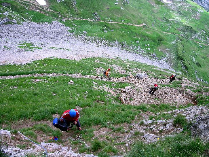 Foto: Andreas Koller / Klettersteigtour / Rosskopf Klettersteig und Rofanspitze (2259 m) / Beim Einstieg / 14.07.2010 15:00:57