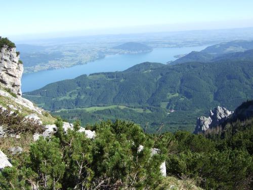 Foto: hofchri / Wandertour / Überschreitung Höllengebirge über Hochleckenhaus (1.574 m) / der Attersee zu Füßen / 30.06.2010 19:28:02