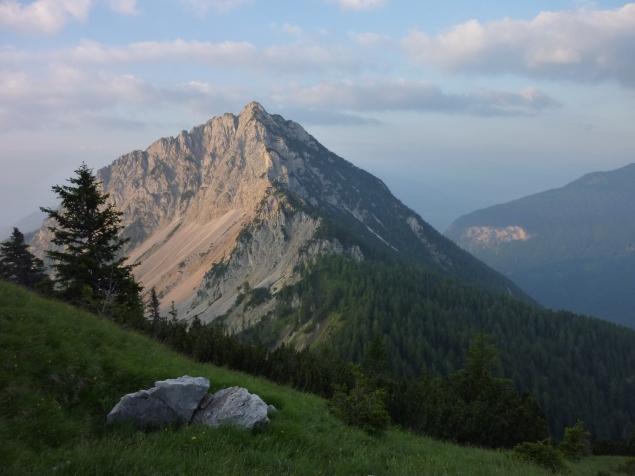 Foto: Manfred Karl / Klettersteig Tour / Haidachstellwand, Hans Obholzer Gedächtnissteig / Ebnerjoch im Morgenlicht / 21.09.2014 21:00:58