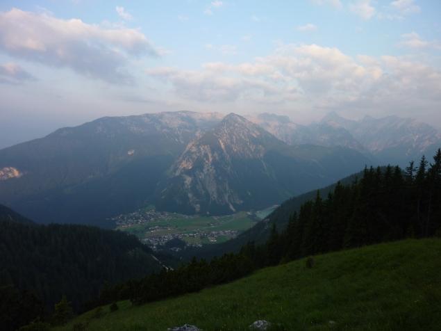 Foto: Manfred Karl / Klettersteig Tour / Haidachstellwand, Hans Obholzer Gedächtnissteig / 21.09.2014 21:00:46