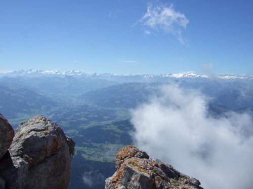 """Foto: hofchri / Klettersteigtour / Ellmauer Halt (2.344 m) über """"Gamsängersteig"""" / großartiges Panorama / 12.08.2010 20:34:32"""