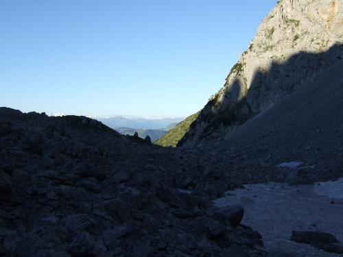 """Foto: hofchri / Klettersteigtour / Ellmauer Halt (2.344 m) über """"Gamsängersteig"""" / im Schuttkar / 12.08.2010 20:27:04"""