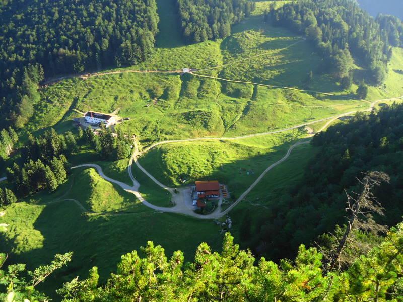 Foto: Günter Siegl / Wandertour / Harauer Spitze, 1117 m / Tiefblick Ottenalm und Riederalm / 15.07.2016 21:19:47