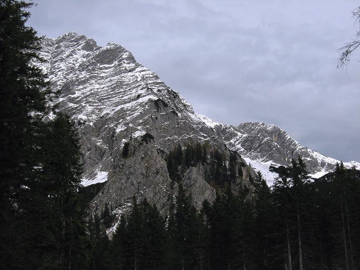 Foto: Andreas Koller / Schneeschuhtour / Über den Südwestgrat auf den Scheiblingstein (2197m) / Großer Pyhrgas (2244m) / 25.10.2010 16:38:45