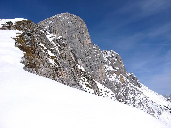 Foto: Andreas Koller / Schneeschuhtour / Über den Südwestgrat auf den Scheiblingstein (2197m) / Scheiblingstein mit S-Wand / 25.10.2010 16:34:21