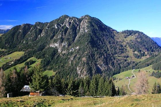 Foto: Andreas Koller / Wandertour / Alpbachtaler Wanderung (1902m) / Gratlspitze (1898m) / 01.01.2011 21:10:19
