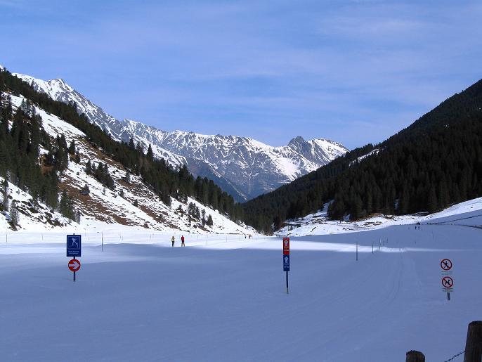 Foto: Andreas Koller / Ski Tour / Von Lüsens auf die Schöntalspitze (3008m) / 17.03.2011 20:54:38