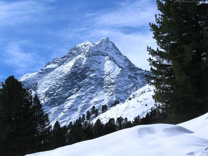 Foto: Andreas Koller / Ski Tour / Von Lüsens auf die Schöntalspitze (3008m) / Lüsenser Fernerkogel (3298m) / 17.03.2011 20:53:58