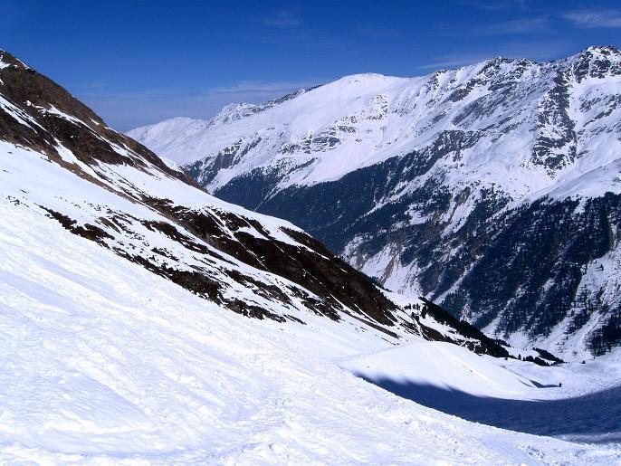 Foto: Andreas Koller / Ski Tour / Von Lüsens auf die Schöntalspitze (3008m) / 17.03.2011 20:51:17