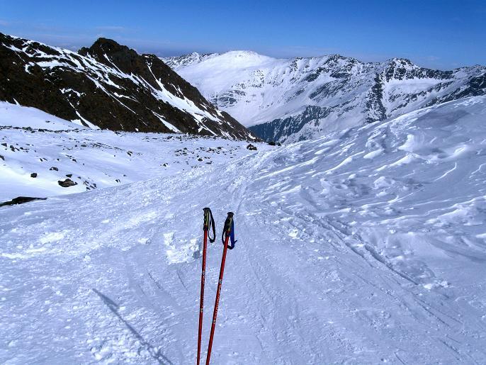 Foto: Andreas Koller / Ski Tour / Von Lüsens auf die Schöntalspitze (3008m) / Im oberen Kessel / 17.03.2011 20:45:50