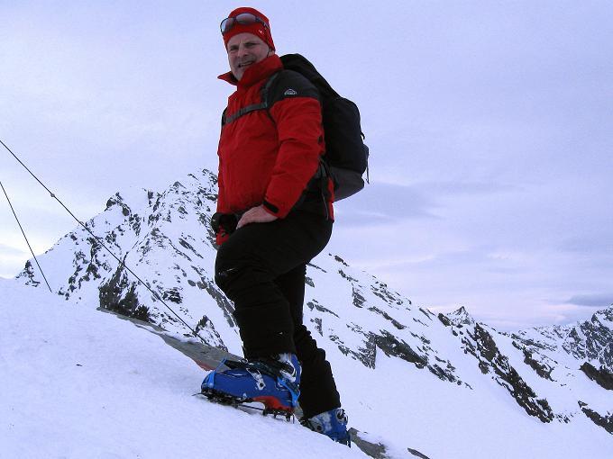 Foto: Andreas Koller / Ski Tour / Von Lüsens auf die Schöntalspitze (3008m) / Auf der Schöntalspitze gegen Grubenwand (3173m) / 17.03.2011 20:44:01