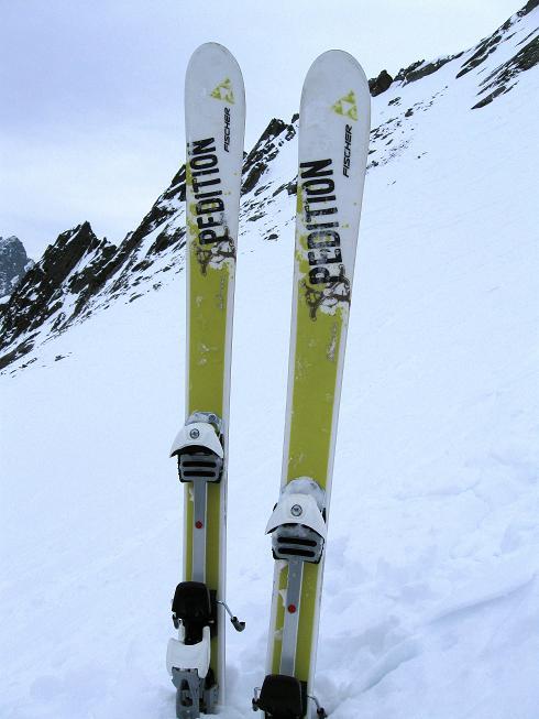 Foto: Andreas Koller / Ski Tour / Von Lüsens auf die Schöntalspitze (3008m) / Zurück beim Skidepot / 17.03.2011 20:40:39